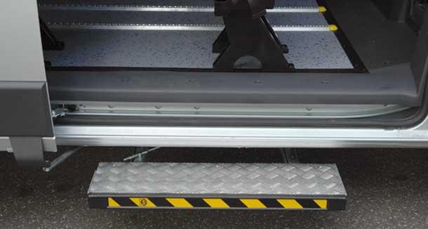 Gb cars gradino elettrico gr 001 - Meccanismo porta scorrevole ...